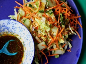 Nem mad med kinakål - Nem kålsalat med kinakål og balsamicodressing