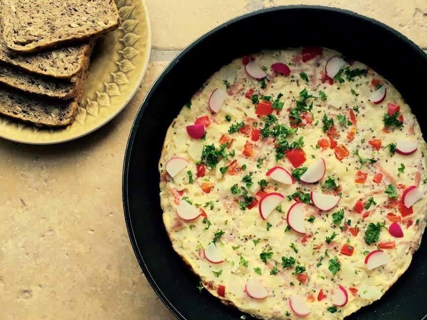 Nem mad - æggekage med blomkål, peberfrugt & chiafrø