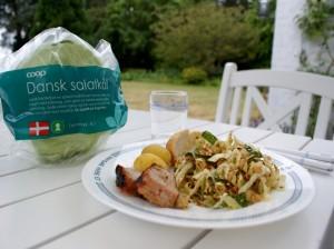 Nem mad med salatkål - kålsalat med æbler, salatkål og mandler